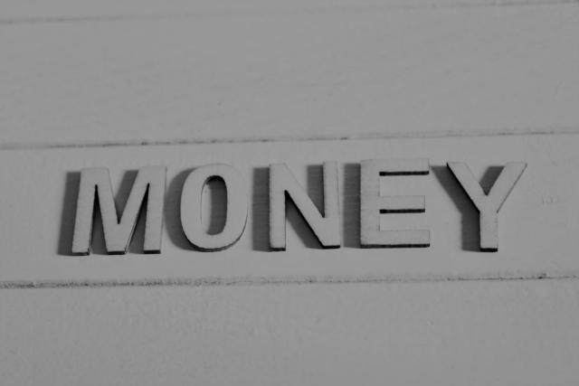 株式会社ジャストライト浪岡 智がお送りすることわざの『貧すれば鈍する』についてのイメージ画像
